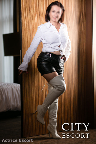 Actrice Escort - Charlotte